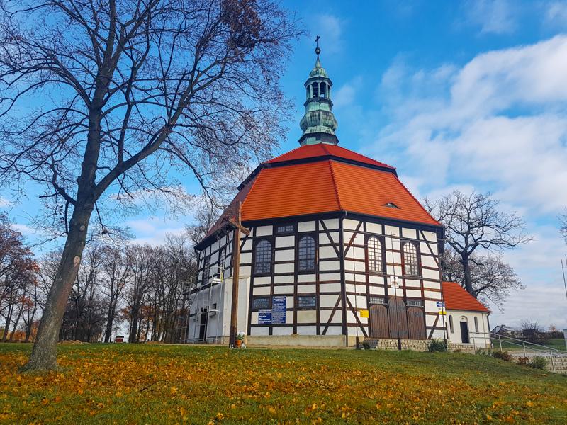 kostol polsko kostolik
