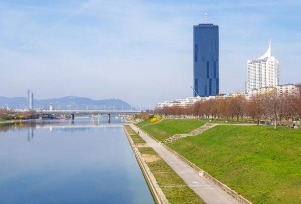 Z Bratislavy do Viedne na dvoch kolesách