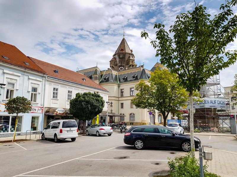 Kreuzneustein Leobendorf