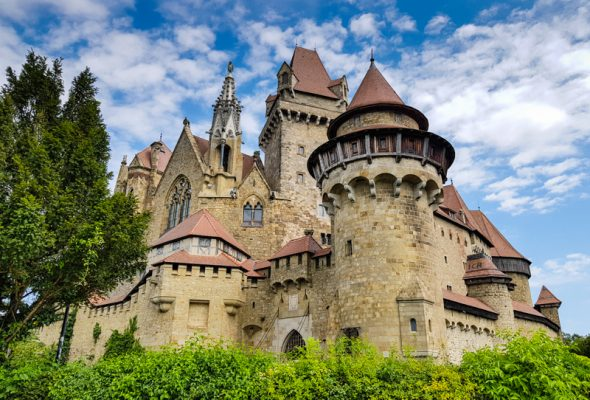 Výlet k hradu Kreuzenstein a do mesta Tulln