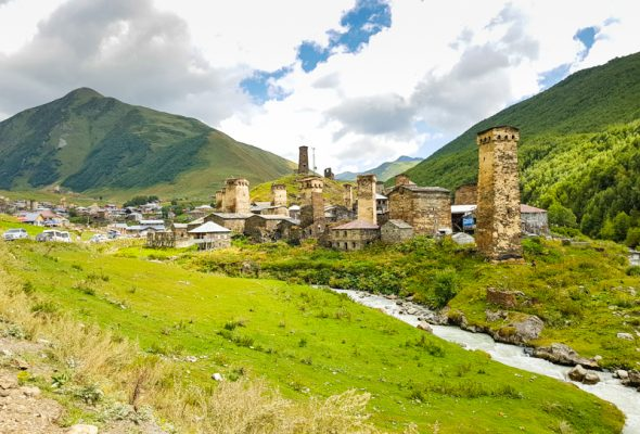 Na svahoch Kaukazu – Gruzínsko zo sedla bicykla