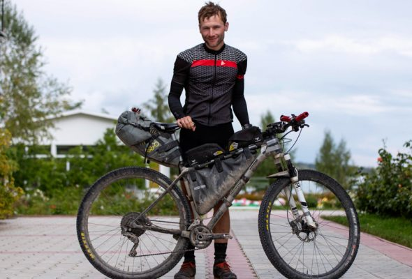 Rozhovor s cyklocestovateľom: Jakub Sliačan – ako som vyhral Silk Road Mountain Race v Kirgizsku