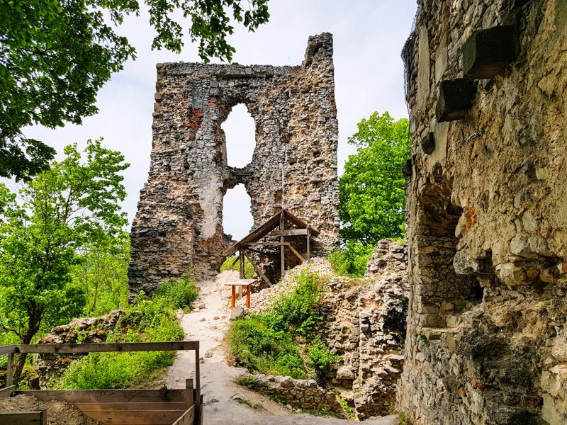 hrad Dobra voda