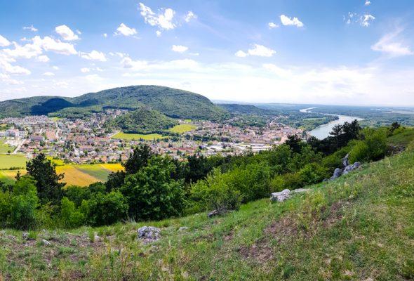 Cyklotrasa do Hainburgu a na kopec Braunsberg