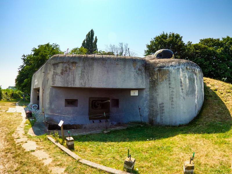 Bunker BS 8