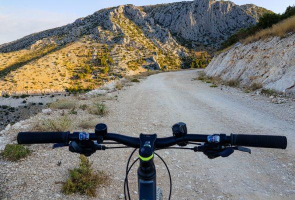 Cyklistika na ostrove Hvar