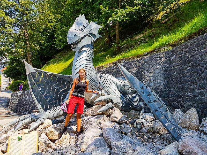 socha draka v meste Trzic