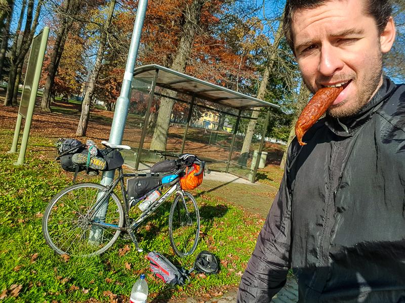 obcerstvenie na cyklovylete okolo Slovenska