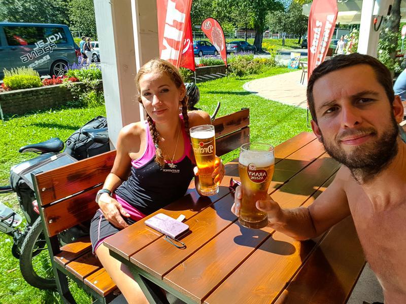 Pivo na terase na Balatone
