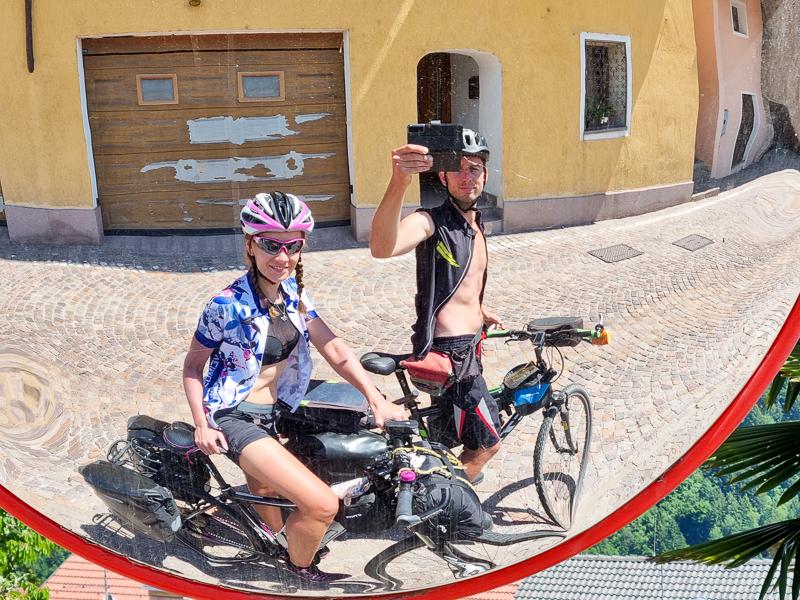 Cyklocestovatelia