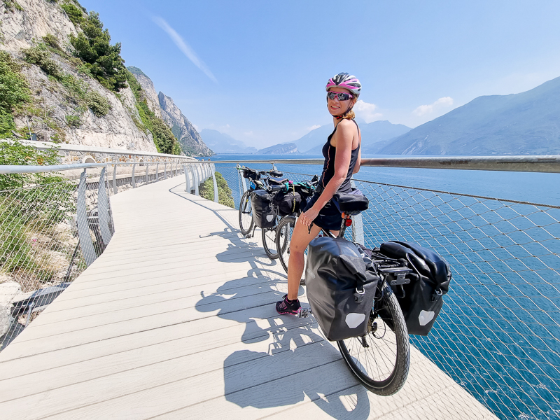 Cyklochodnik v Limone pri Lago di Garda