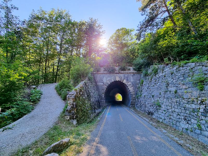 Alpe Adria tunel